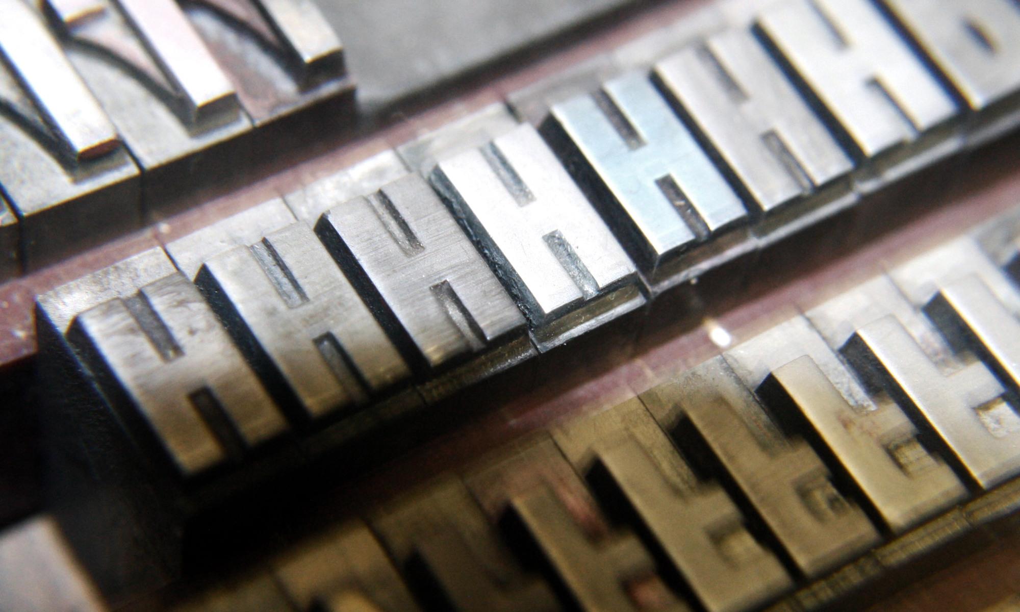 Satz und Druck Service GmbH www.satz-und-druck.com Jüttner Garbsen Hannover Werbeagentur Druckerei Grafikdesign Team Visitenkarten Flyer Broschüren Plakate Poster Hochzeitspapeterie Trauerkarten Region Hannover Werbemittel